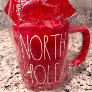 North Pole Mug Gift Set | Rae Dunn